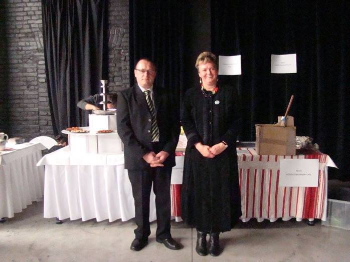 Bakos Ferenc és Tóth Lászlóné a kiállításon